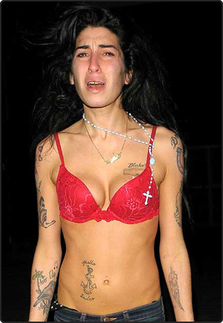 way for tattooed crone Amy Winehouse (right) to join Manchester United.